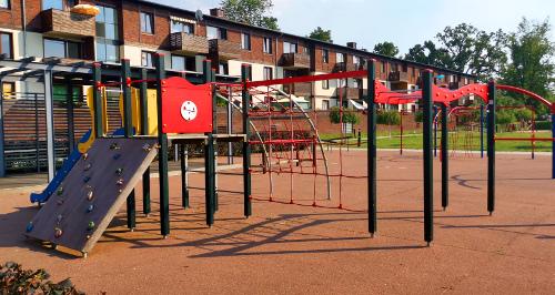 Plac zabaw - ul. Folwarczna